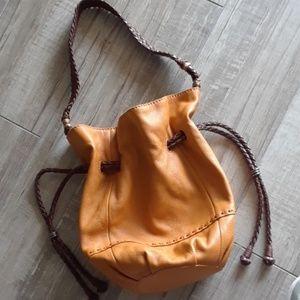 THE SAK..INDIO LEATHER BUCKET BAG..NWOT